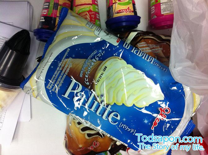 ไอศกรีมกูลิโกะ พาลิตเต้ รสนมและไวท์ช็อกโกแลต
