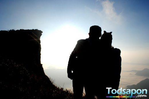 ทริป เชียงราย Count Down ภูชี้ฟ้า ไหว้พระธาตุดอยตุง ชมสวนแม่ฟ้าหลวง แวะถนนคนเดิน